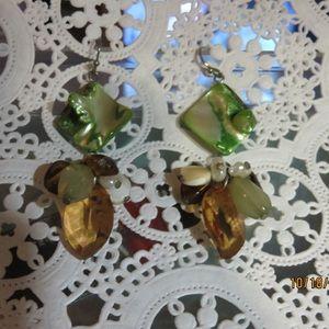 Costume Jewelry Green/brown glass earrings